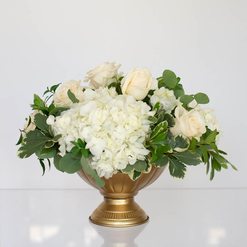 CLASSIC.FLORAL.COLLECTIONS.MODEST.URN.CENTER.PIECE0024