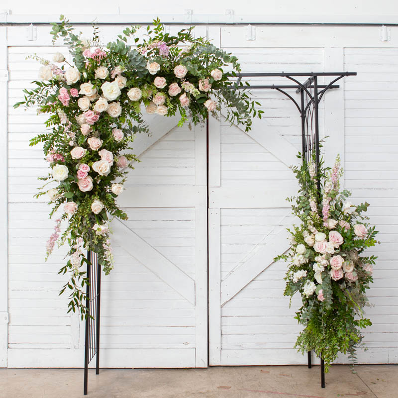 BLUSH&BASHFUL.FLORAL.COLLECTIONS.ARCH.LUX.0181