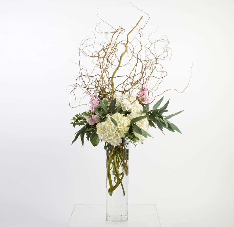 BLUSH&BASHFUL.FLORAL.COLLECTIONS.TALL.GLASS.WATER.MODEST.0180