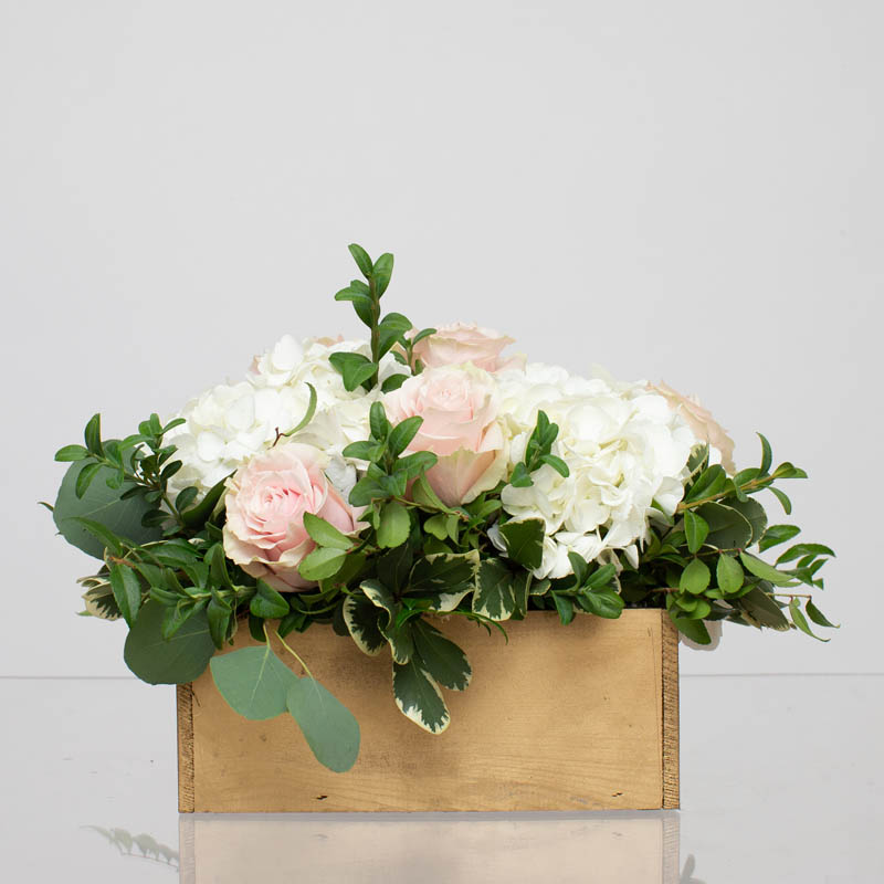 BLUSH&BASHFUL.FLORAL.COLLECTIONS.WOOD.BOX.MODEST.0035