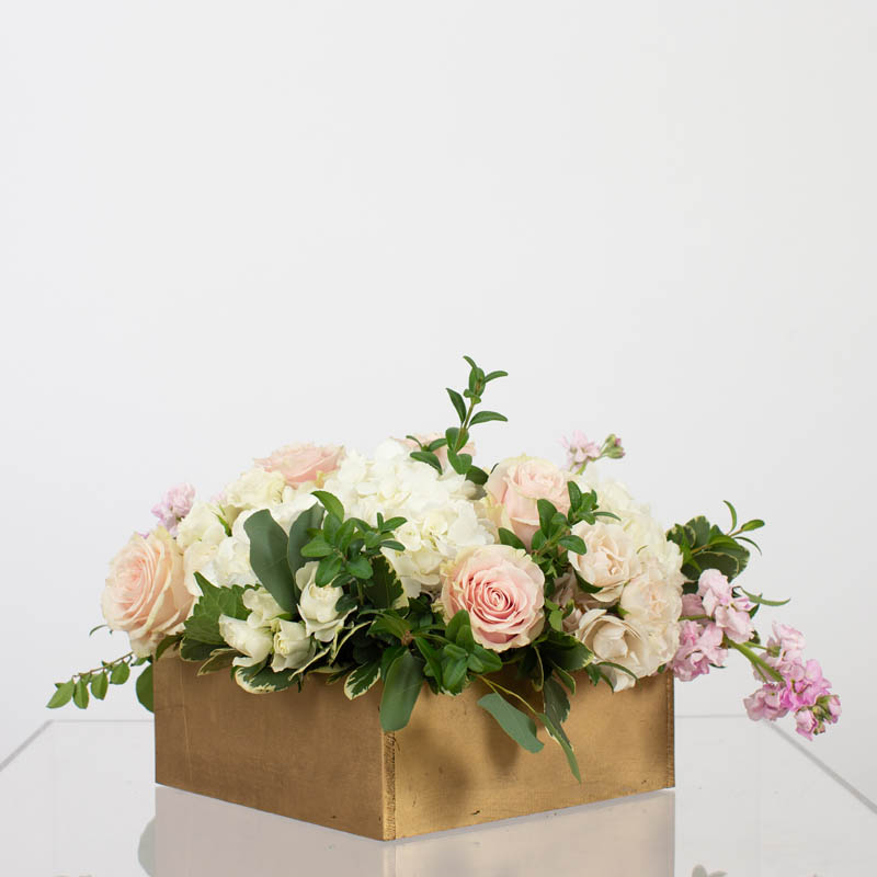 BLUSH&BASHFUL.FLORAL.COLLECTIONS.WOOD.BOX.RECOMMENEDED.0038
